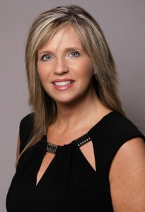 Cindy-Ford-Travel-Agent